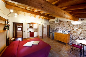 Rooms and apartments Farm holiday Peschiera del Garda